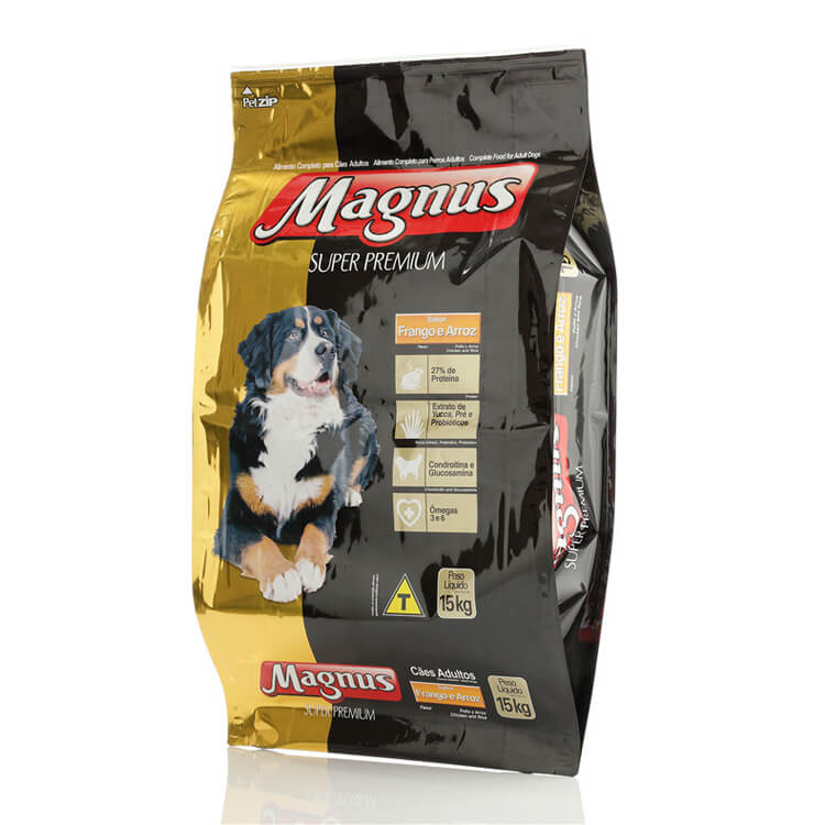 Pet food bag with pointed bottom
